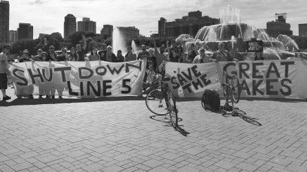 Chicago DSA Fights to Shut Down Oil Pipeline Under Lake Michigan
